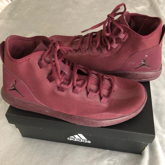 Burgundy high top Jordan men's size 9